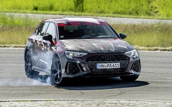 Novo Audi RS3 2022 tem o modo drift para derrapagens controladas
